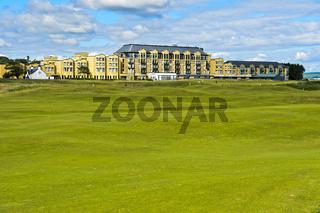 Old Course Hotel am Alten Golfplatz, Golfanlage St Andrews Links, Fife, Schottland, Grossbritannien