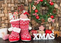 Kleine Stiefel mit Geschenken