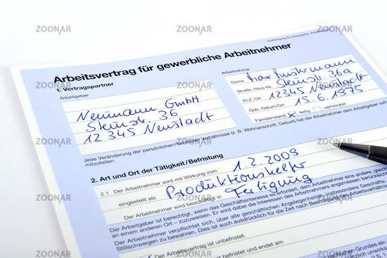 Foto Arbeitsvertrag Fuer Gewerbliche Arbeitnehmer Bild 1134472