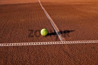 Tennisplatz mit Ball