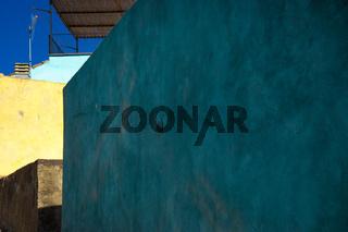 Farbige Fassaden von Bosa in Sardinien