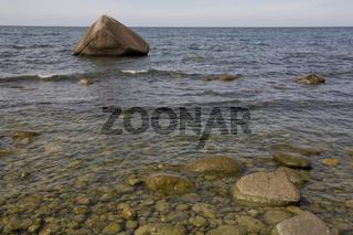 Nationalpark Jasmund, Schwanenstein, Findling, Ostsee, Lohme, Insel Ruegen, Erratic boulder, Island, Jasmund National Park