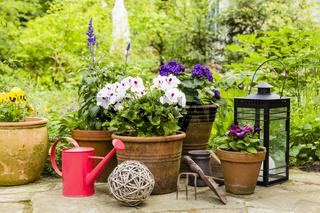Stillleben im Garten, still life in a garden