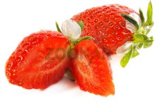 Erdbeeren Rarität mit Blüte