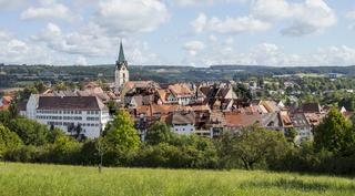 Engen mit Stadtkirche Mariä Himmelfahrt