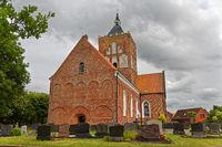 Die Kreuzkirche in Pilsum