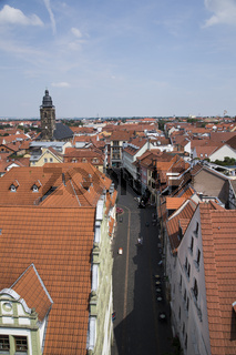 Blick vom Rathaus mit Kirche über Gothe mit  St. Margarethen