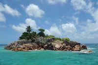 Die kleine Insel St.  Pierre liegt nördlich von Praslin