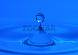 blue water drop macro