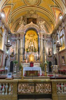 Se Cathedral interior, the main and oldest church in Lisbon