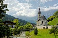 Ramsau mit Kirche