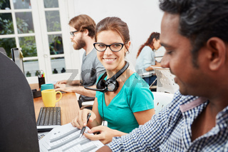 Kollegen im Business Callcenter