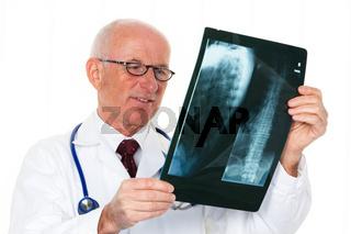 Röntgen Arzt mit Röntgenbild