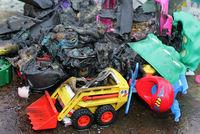 Plastikspielzeug verbrannt