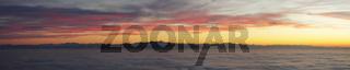 Abendrot über dem Nebelmeer am Bodensee
