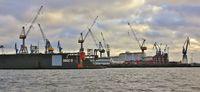 Industrial scene at the Elbe, Hamburg.