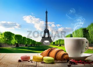 Breakfast near Eiffel Tower