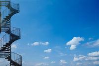 Industrial spiral stairway