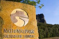 Hinweistafel Stein Nationalpark Sächsische Schweiz