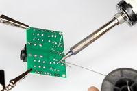 anlöten von Elektronikverbindungen