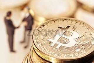 Bitcoin und Geschäftsmänner