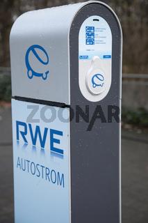 Autostrom-Zapfsäule der RWE