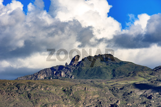 Itacolomy Peak and hills