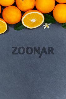 Orangen Orange Frucht Früchte Textfreiraum Copyspace Hochformat Schieferplatte von oben