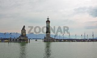 Leuchtturm Lindau,  Hafeneinfahrt