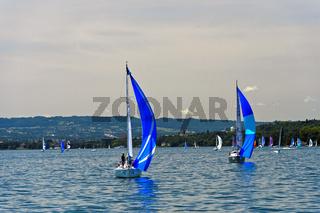 Segelboote auf dem Genfersee, Genf, Schweiz