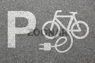 Parkplatz E-Bike Ebike E Bike Pedelec parken elektro Fahrrad Rad Stadt Umwelt umweltfreundlich