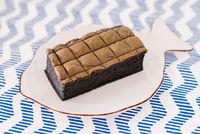 Charcoal sponge cake