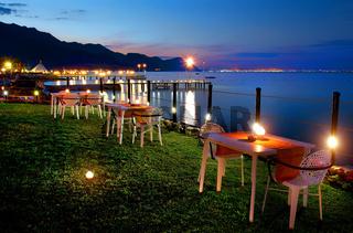 Dinner on the Sea