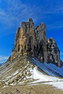 Blick von der Lavaredo-Scharte auf die Drei Zinnen, Sextner Dolomiten, Südtirol, Italien