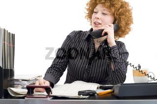 Telefonieren am Schreibtisch