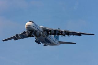 Antonow  AN 124
