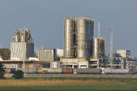 Oil Refinery Structures