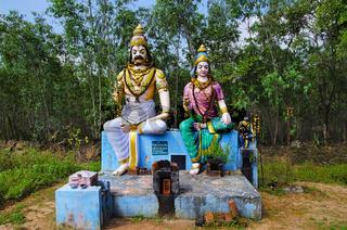 Colorful idols of Indian god and goddess, on the way to Kumbakonam, Tamil Nadu, India