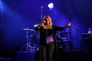 Bonnie Tyler - 40 Years Its A Heartache - Freiburg