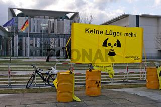 Atomprotest vor dem Bundeskanzleramt