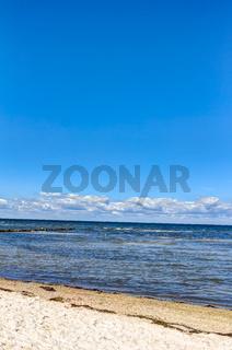 Küsten an der Ostsee auf der Insel Poel im Sommer