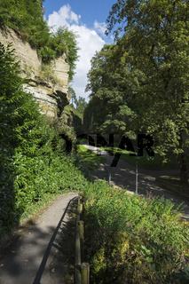 Fußweg vom Stadtgarten hinab zum Stadtgraben von Überlingen
