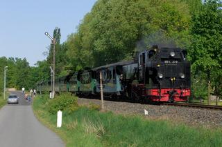 Dampflok mit Personenzug in Moritzburg