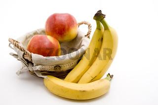 Bananen und Aepfel