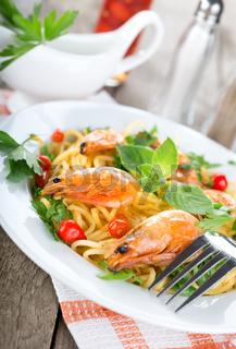 Seafood spaghetti with prawns