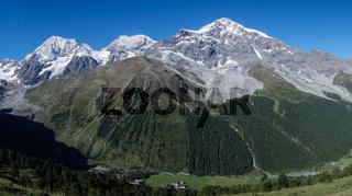 Blick auf die Ortlergruppe in Südtirol Italien