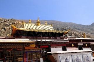 Goldenes Dach im Kloster Drepung Lhasa Tibet China