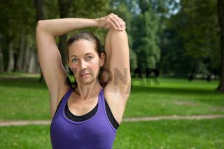 Dehnübungen Stretching beim Sport oder Laufen