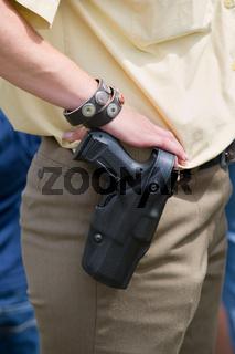 Dienstwaffe einer Polizistin Weapon of a police woman
