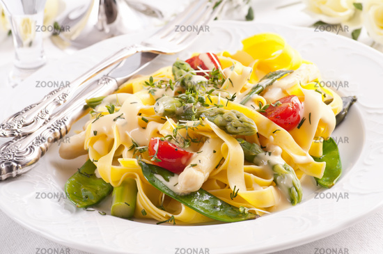 Paglia e Fieno with  vegetable and sauce